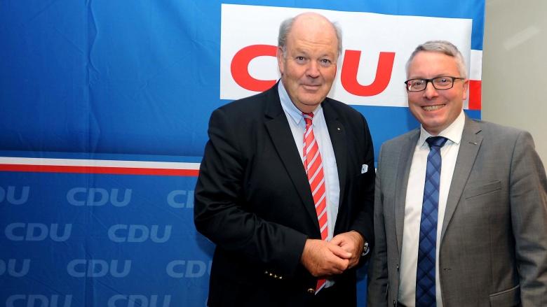 Innenminister Grote mit dem Kreisvorsitzenden Arne Rüstemeier