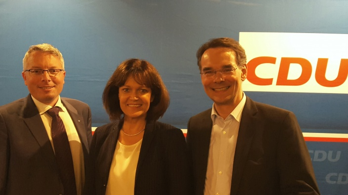 Dr. Eva Lohse mit Ingbert Liebing und Arne Rüstemeier
