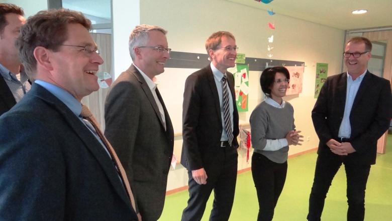 Daniel Günther, MdL, mit lokaler CDU bei Adelby 1