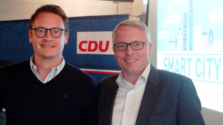 Start-up-Unternehmer Finn Age Hänsel und CDU-Vorsitzender Arne Rüstemeier