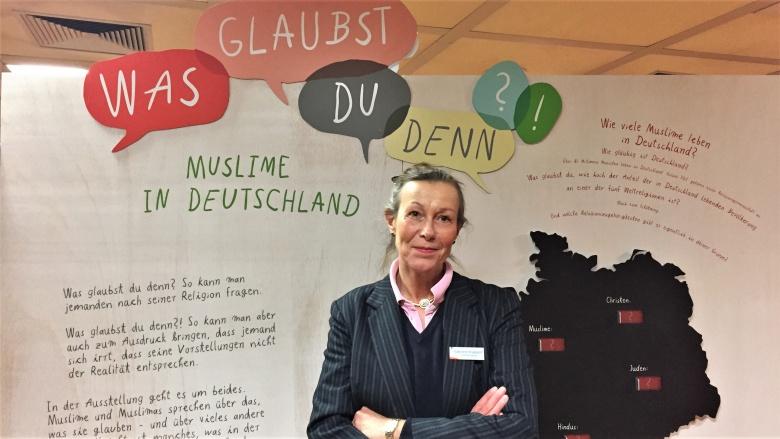Auseinandersetzung mit dem Islam: Gabriele Stappert lobt Wanderausstellung
