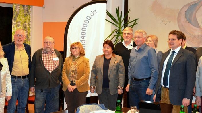 Die Mitglieder von CDU-Fraktion und Elternbeirat der Mürwiker Werkstätten im Wohnheim Treeneweg