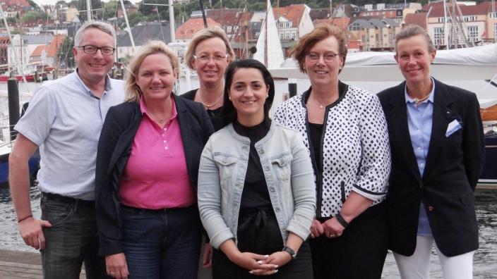 Frauen Unions-Vorsitzende Azdriana Mehmeti mit Vertretern von CDU und FU aus Stadt und Land
